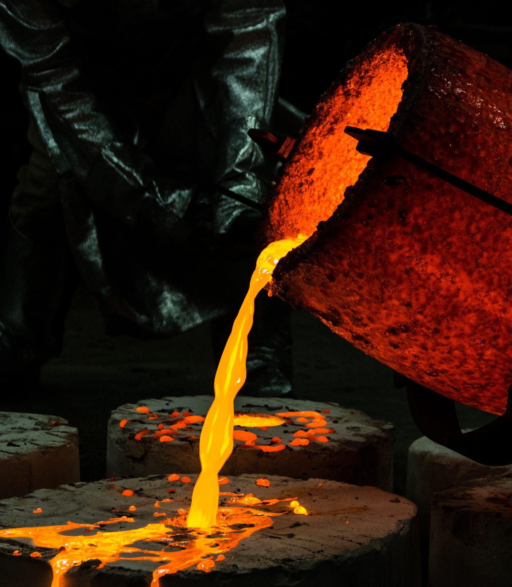 molten glass pouring into mold